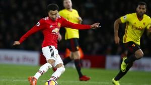 Manchester United siegt, Tottenham verliert