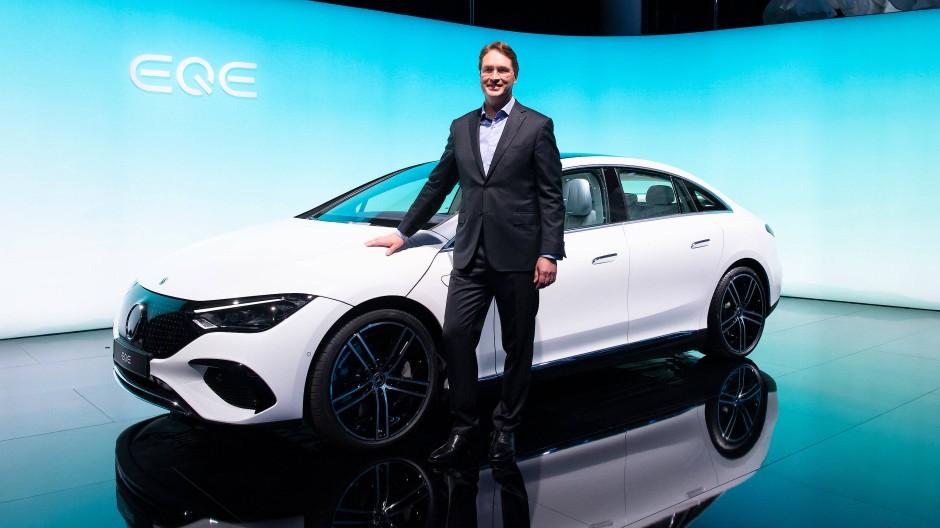 """Der neue Mercedes-Benz """"EQE"""". Die Branche will klimafreundlich werden und präsentiert sich bei der IAA in München."""