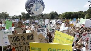 In Australien demonstrieren mindestens 300.000 Menschen