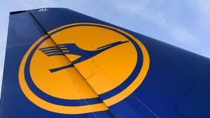 Lufthansa-Passagiere müssen wieder Geduld haben