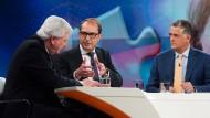 ZDF-Moderator Matthias Fornoff im Gespräch mit Volker Bouffier und Alexander Dobrindt