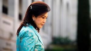 Shinawatra nach Schuldspruch des Amtes enthoben