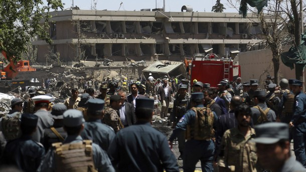 Viele Tote bei Anschlag in Kabul