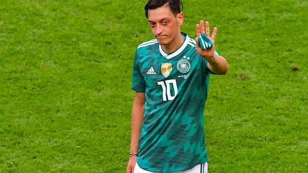 Mesut Özil tritt aus Fußball-Nationalmannschaft zurück