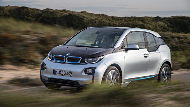 bmw i3 mit range extender schnurren f r den generator. Black Bedroom Furniture Sets. Home Design Ideas