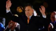 Klarer Wahlsieg für Orban
