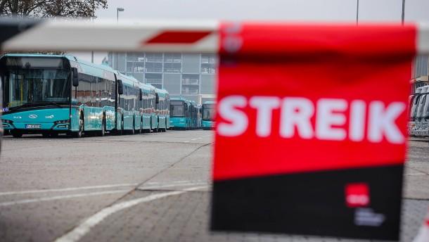 Tarifstreit bei Busfahrern: Schlichtungsergebnis steht