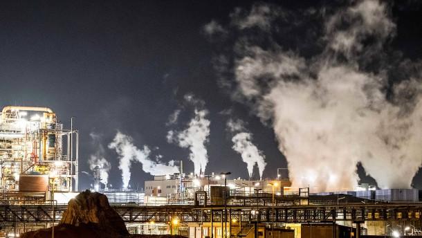 Die Chemiebranche in Rhein-Main lädt ein