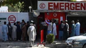 Taliban rufen weibliches Gesundheitspersonal zur Arbeit