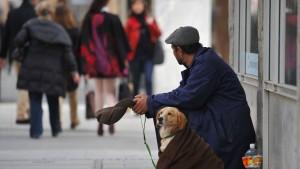 Städte in Europa gehen gegen Bettler vor