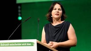 "Baerbock wirft Spahn ""fatales Versäumnis"" vor"