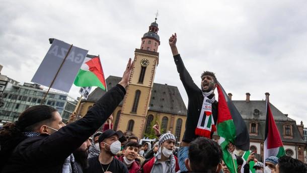 Rund 2500 Teilnehmer bei Anti-Israel-Demo in Frankfurt