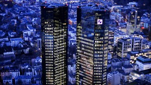Die Deutsche Bank kämpft gegen den Ramschstatus