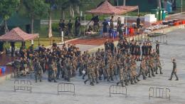 China droht Hongkong indirekt mit Militäreinsatz
