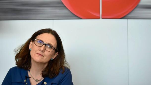 Amerikanische Schutzzölle : Malmström rechnet mit einer Eskalation des Handelsstreits