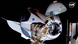 Raumkapsel ist erfolgreich an ISS angedockt