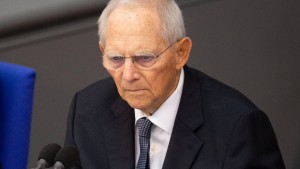 Schäuble will Parteispender schützen