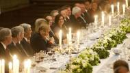 Wenige Monate nach dem Gala-Dinner mit Kanzlerin Angela Merkel lässt das IOC München bei der Bewerbung um die Winterspiele 2018 durchfallen.