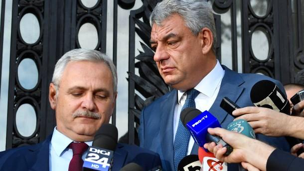 Rumänische Minister treten zurück