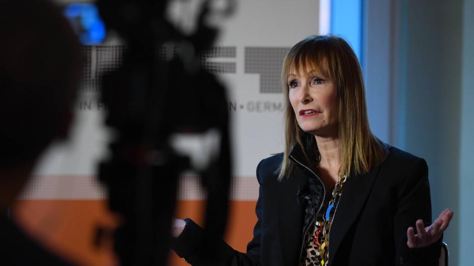 Gale Anne Hurd wird von Interviewern nach mehr als 50 Filmen und 200 Serienepisoden immer noch gefragt, was sie von ihren Ehemännern gelernt habe.