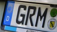 Mehr als nur ein Autokennzeichen: Landkreise sind ein Stück Heimat. Auch politisch?