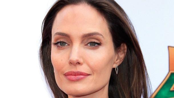 Angelina Jolie soll Blogger eingeschüchtert haben