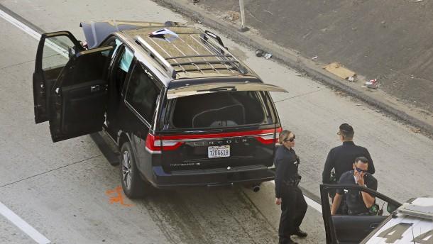 Leichenwagen mit Leiche gestohlen