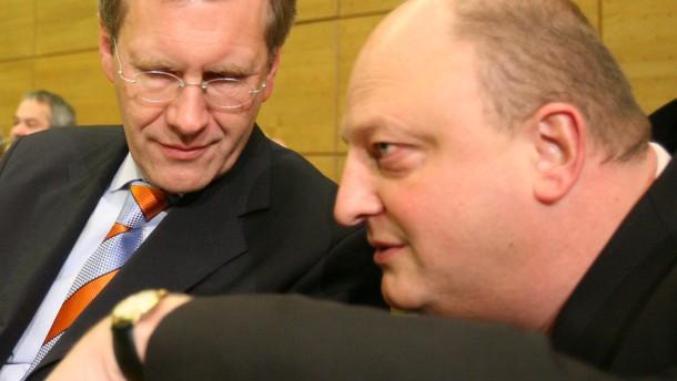 Staatsanwaltschaft befragt Wulff zu Glaeseker-Affäre