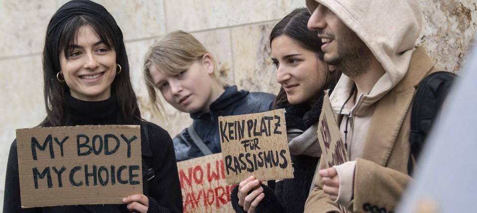 Kopftuch Debatte An Goethe Uni Frankfurt Sorgt Für Aufsehen