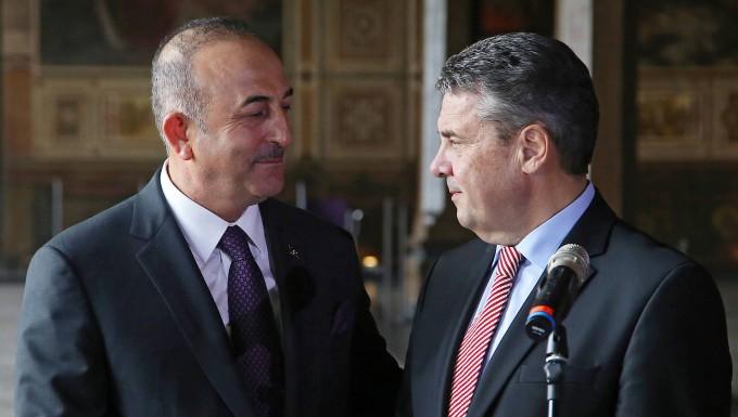 FDP-Politiker kritisiert Treffen von Gabriel und Cavusoglu
