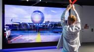 Flughafen-Besucherzentrum: In Echtzeit alle Flüge auf dem Globus verfolgen
