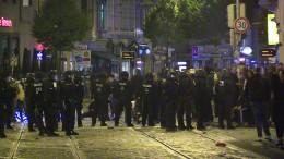 Verletzte und Festnahmen bei Ausschreitungen in Bremen