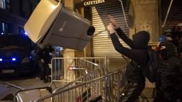 Sechste Krawallnacht in Folge nach Rapper-Inhaftierung