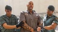 Frank Hanebuth 2013 auf dem Weg ins Gericht in Spanien.