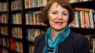 Die Anthropologin Homa Hoodfar forscht zur Genderfrage im Islam.