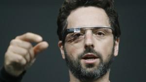 Googles Datenbrillen sollen stilvoller werden