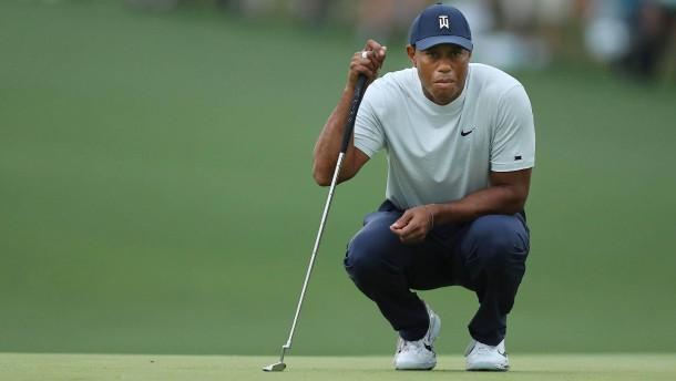 Tiger Woods in Lauerstellung