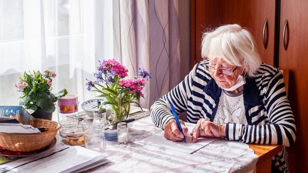 Wie können Besuche in Pflegeheimen organisiert werden?