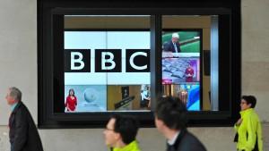 Rückkehr ausgewiesener BBC-Reporterin möglich