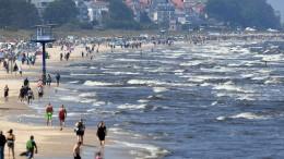Usedom schickt 14 Urlauber aus Risiko-Gebiet zurück