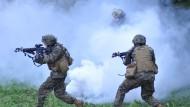 Vereinigte Staaten bilden ukrainische Soldaten aus