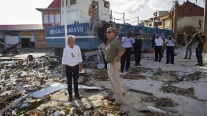 """Niederländischer König erschüttert von """"Irma""""-Verwüstungen"""