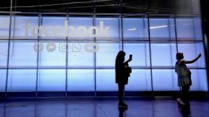 Facebook zahlt und warnt