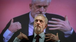 Corbyn kündigt Vertrauensabstimmung über May an