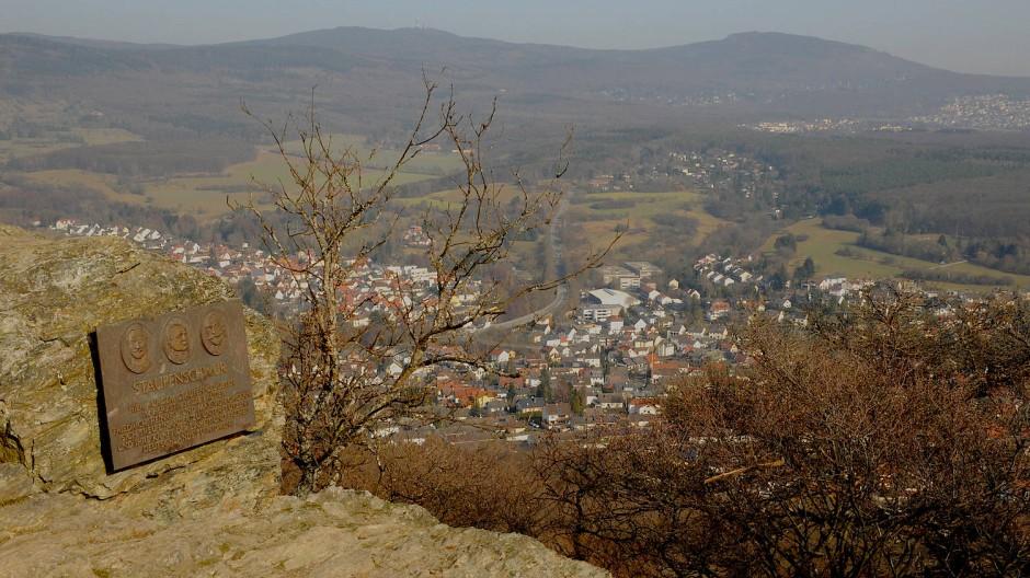 Blick vom Großen Mannstein auf Kelkheim.