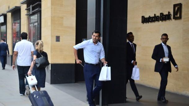 Ehemaliger Deutsche-Bank-Manager wegen Betrugs angeklagt