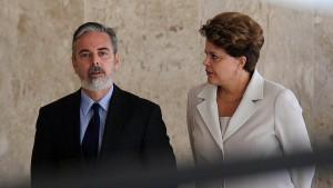 Präsidentin Rousseff entlässt Außenminister
