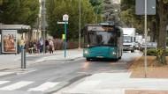 Engpass: Eine barrierefreie Bushaltestelle auf der Hügelstraße