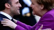 Emmanuel Macron und Angela Merkel bei einem Treffen im März in Paris