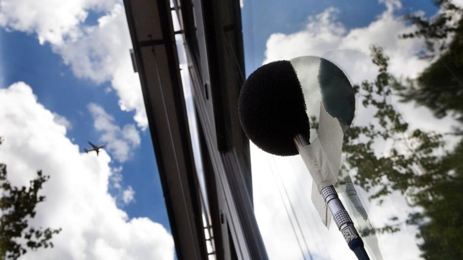 Besonders belastet: Lärmmessung an einer Grundschule im Frankfurter Stadtteil Sachsenhausen